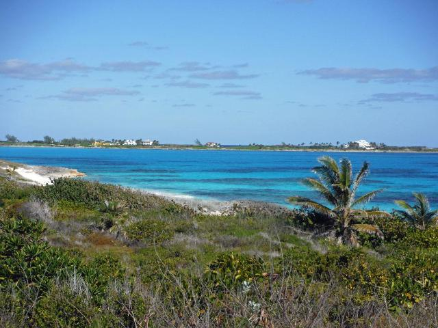 /listing-lots-acreage-in-farmers-hill-38885.html from Coldwell Banker Bahamas Real Estate