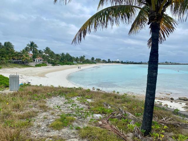 /listing-lots-acreage-in-chub-cay-36476.html from Coldwell Banker Bahamas Real Estate