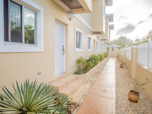 /listing-condo-in-george-town-36498.html from Coldwell Banker Bahamas Real Estate