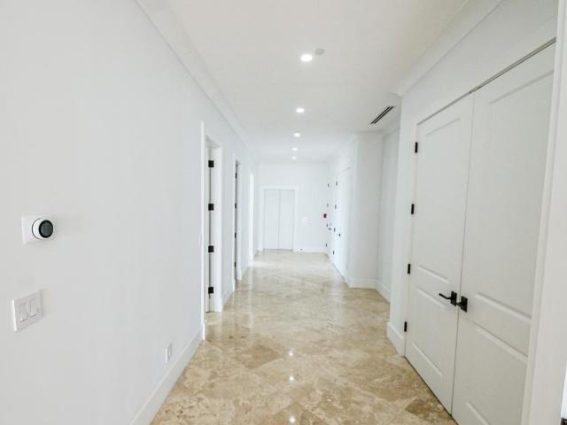 /listing-condo-in-paradise-island-36505.html from Coldwell Banker Bahamas Real Estate