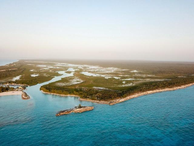 /listing-lots-acreage-in-hawks-nest-36579.html from Coldwell Banker Bahamas Real Estate