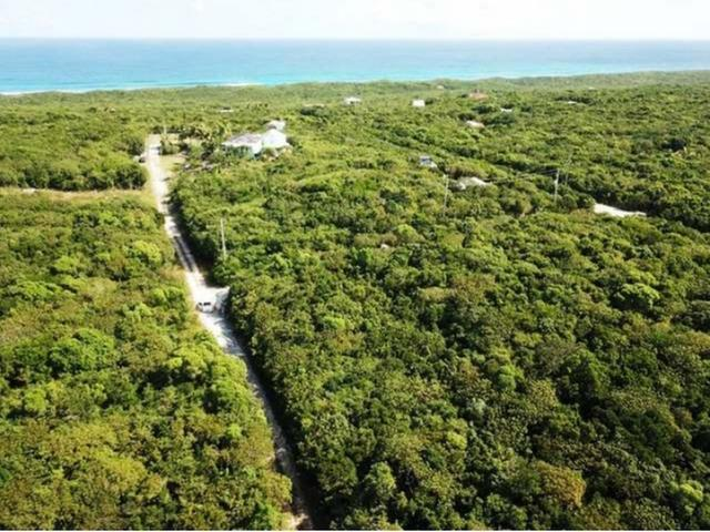 /listing-lots-acreage-in-gregory-town-37551.html from Coldwell Banker Bahamas Real Estate