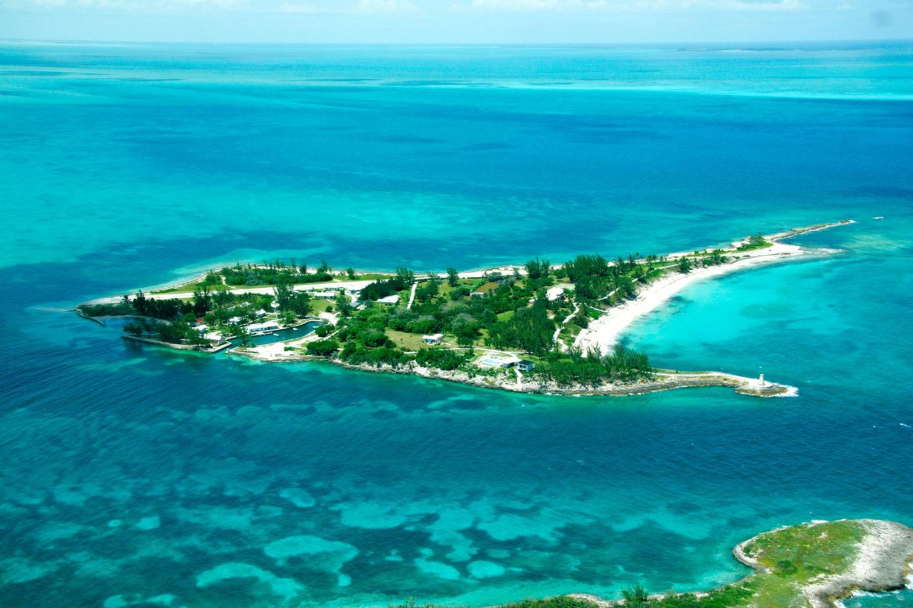 /listing-private-island-in-whale-cay-37458.html from Coldwell Banker Bahamas Real Estate