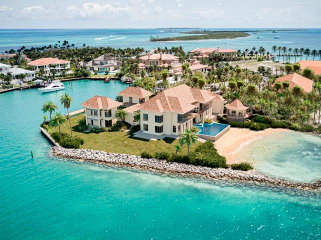 /listing-lots-acreage-in-paradise-island-36674.html from Coldwell Banker Bahamas Real Estate