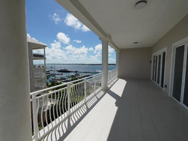 /listing-condo-in-paradise-island-36732.html from Coldwell Banker Bahamas Real Estate