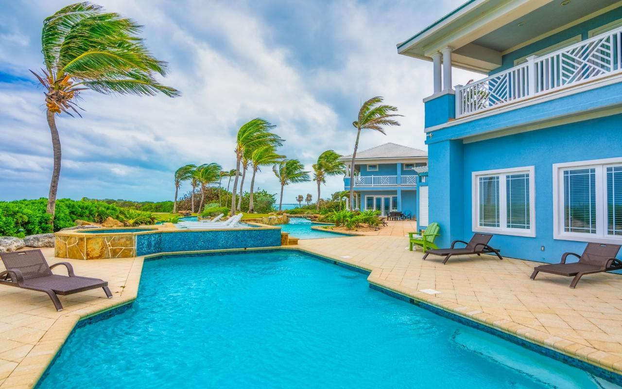 /listing-single-family-home-in-emerald-bay-36809.html from Coldwell Banker Bahamas Real Estate
