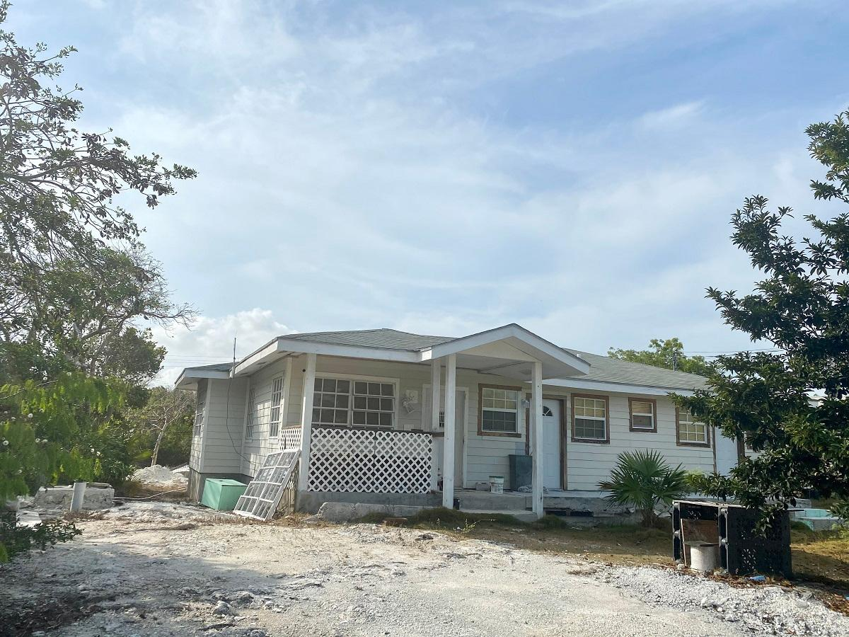 /listing-triplex-in-bahama-sound-39075.html from Coldwell Banker Bahamas Real Estate