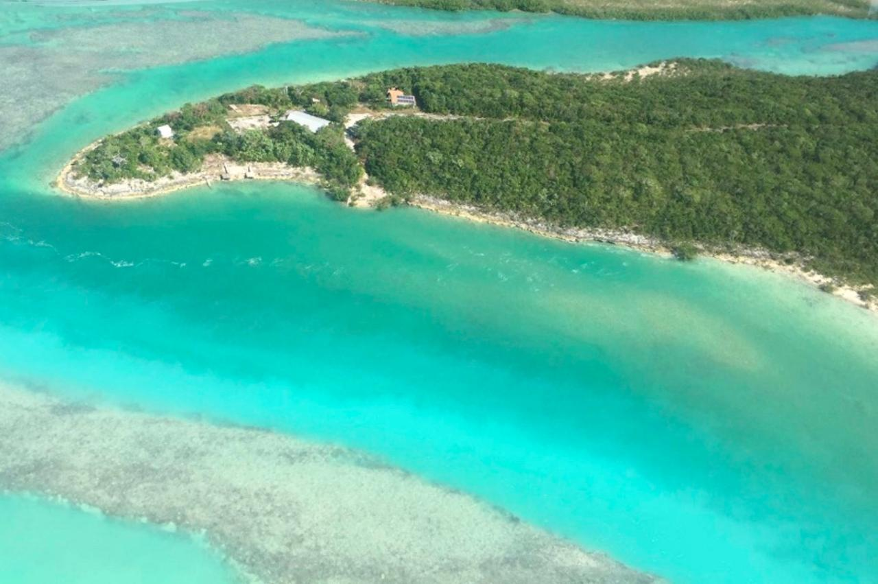 /listing-lots-acreage-in-george-town-37660.html from Coldwell Banker Bahamas Real Estate