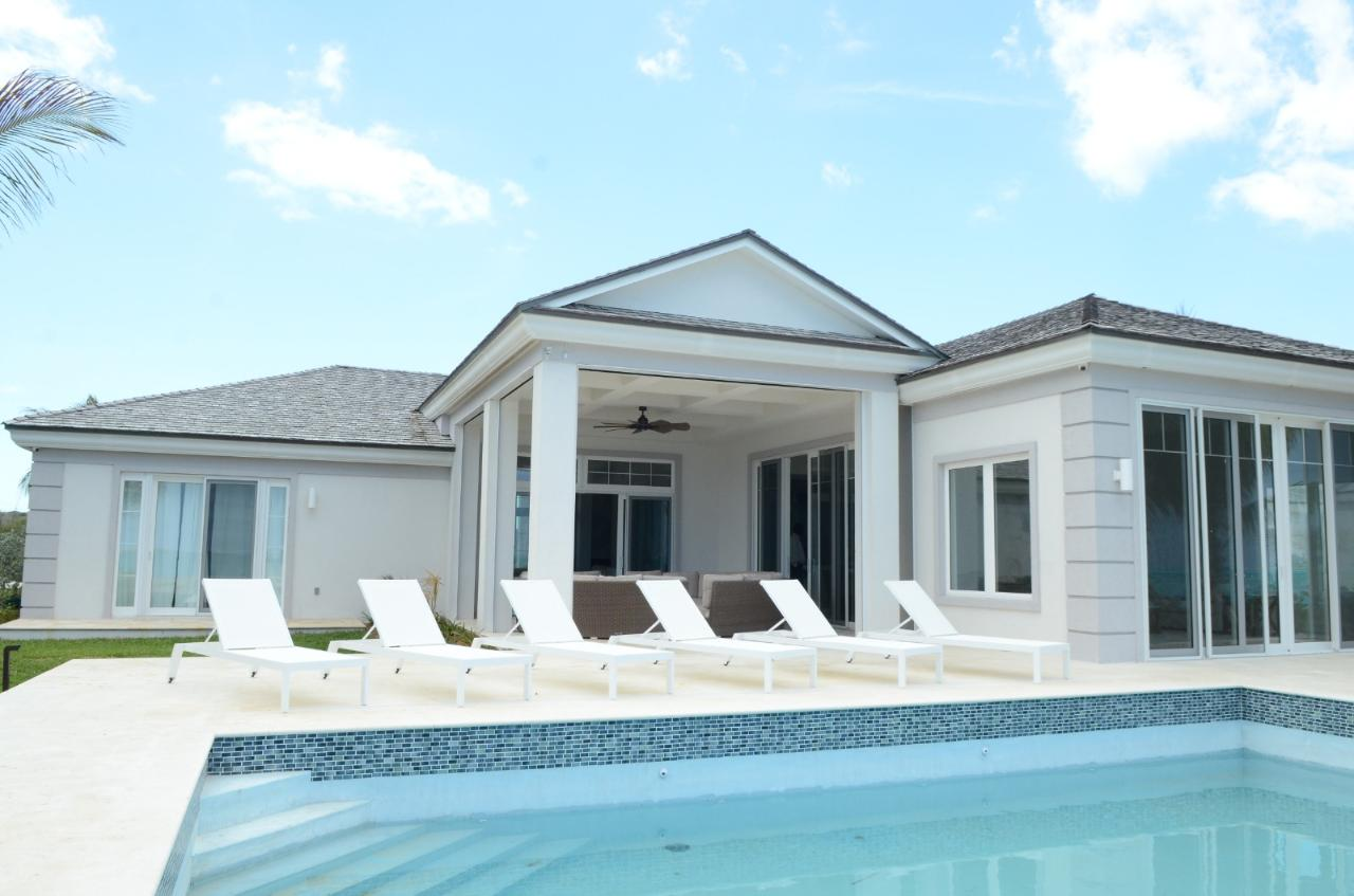 /listing-single-family-home-in-tar-bay-37592.html from Coldwell Banker Bahamas Real Estate