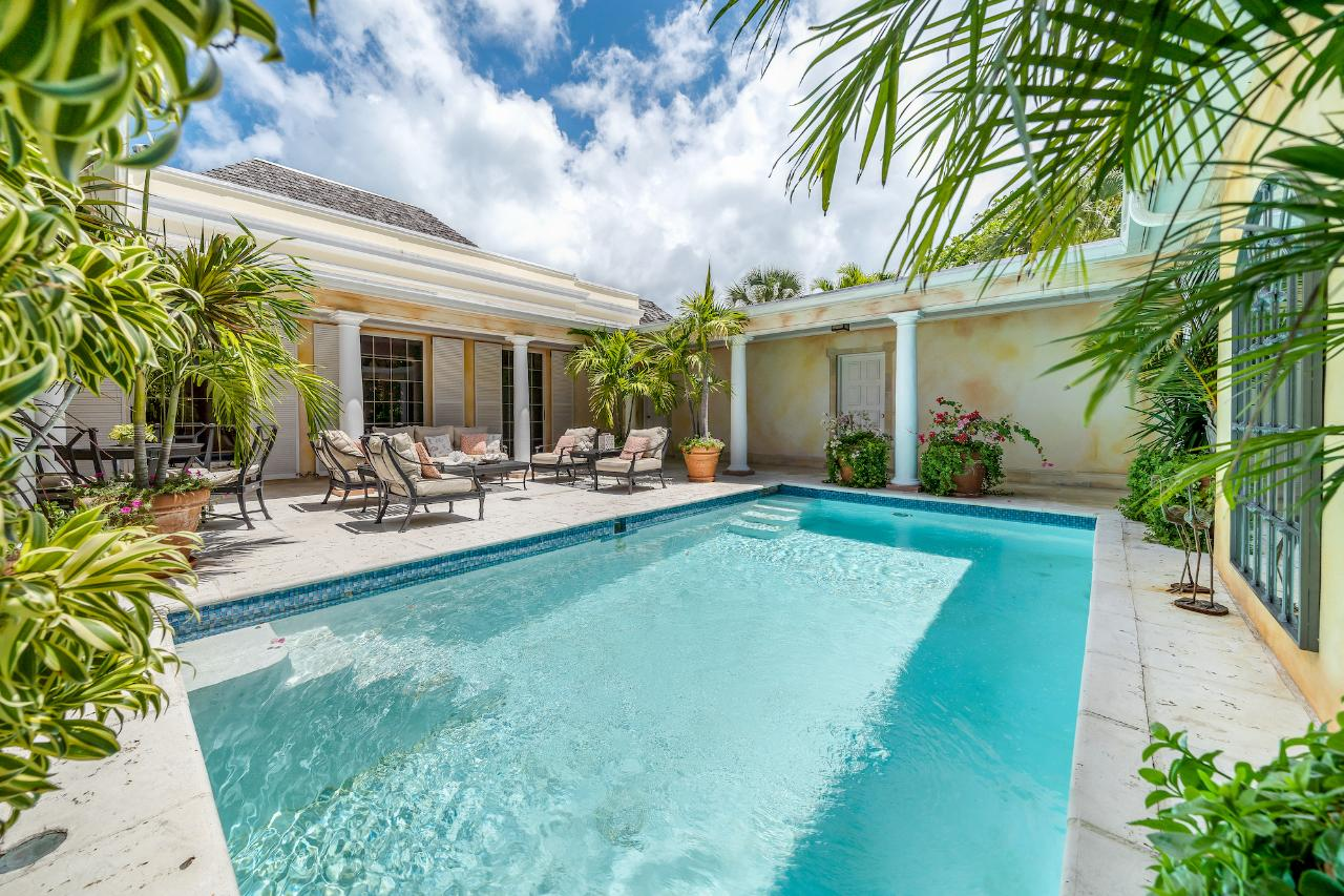 /listing-single-family-home-in-lyford-cay-37497.html from Coldwell Banker Bahamas Real Estate