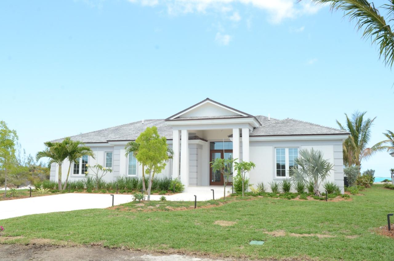 /listing-single-family-home-in-tar-bay-37591.html from Coldwell Banker Bahamas Real Estate