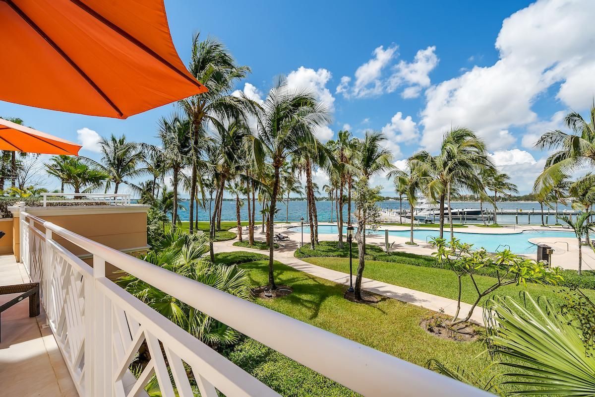 /listing-condo-in-paradise-island-37867.html from Coldwell Banker Bahamas Real Estate