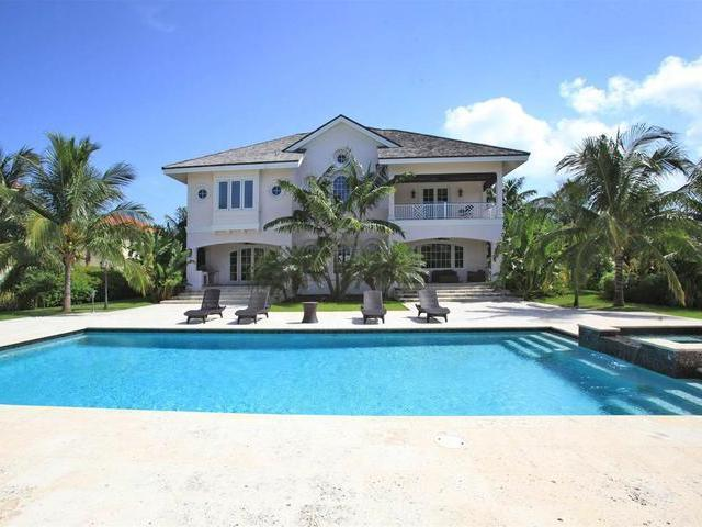 /listing-single-family-home-in-paradise-island-37903.html from Coldwell Banker Bahamas Real Estate