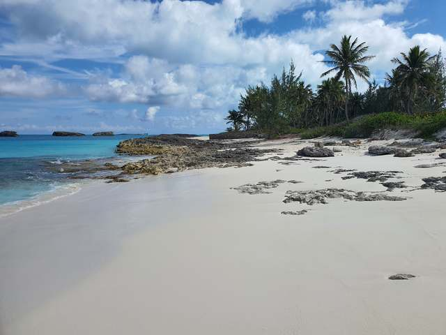 /listing-lots-acreage-in-bahama-sound-38041.html from Coldwell Banker Bahamas Real Estate