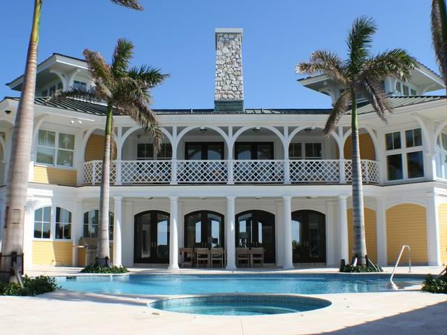 /listing-single-family-home-in-winding-bay-38612.html from Coldwell Banker Bahamas Real Estate