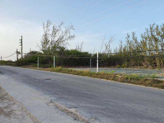 /listing-lots-acreage-in-bahama-sound-38200.html from Coldwell Banker Bahamas Real Estate