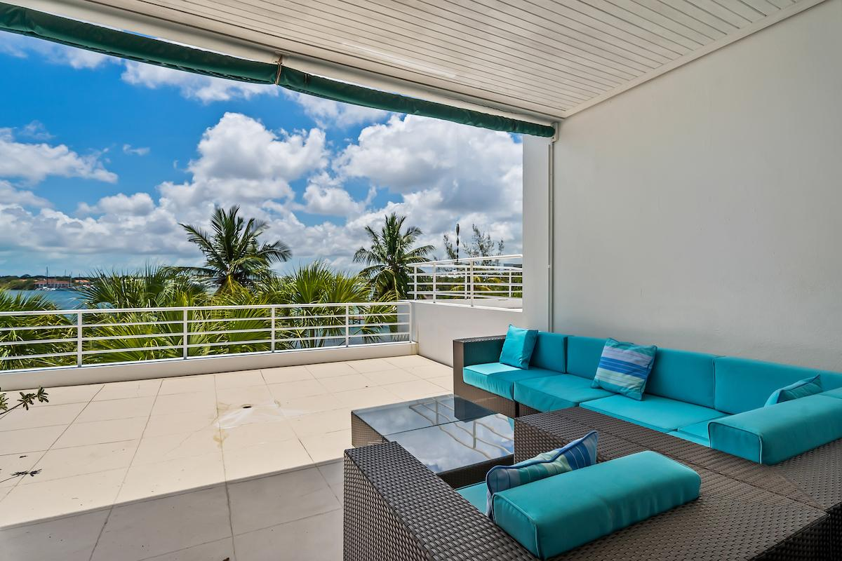 /listing-condo-in-paradise-island-38330.html from Coldwell Banker Bahamas Real Estate