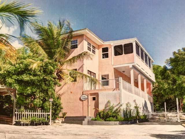 /listing-single-family-home-in-exuma-harbour-estates-38415.html from Coldwell Banker Bahamas Real Estate