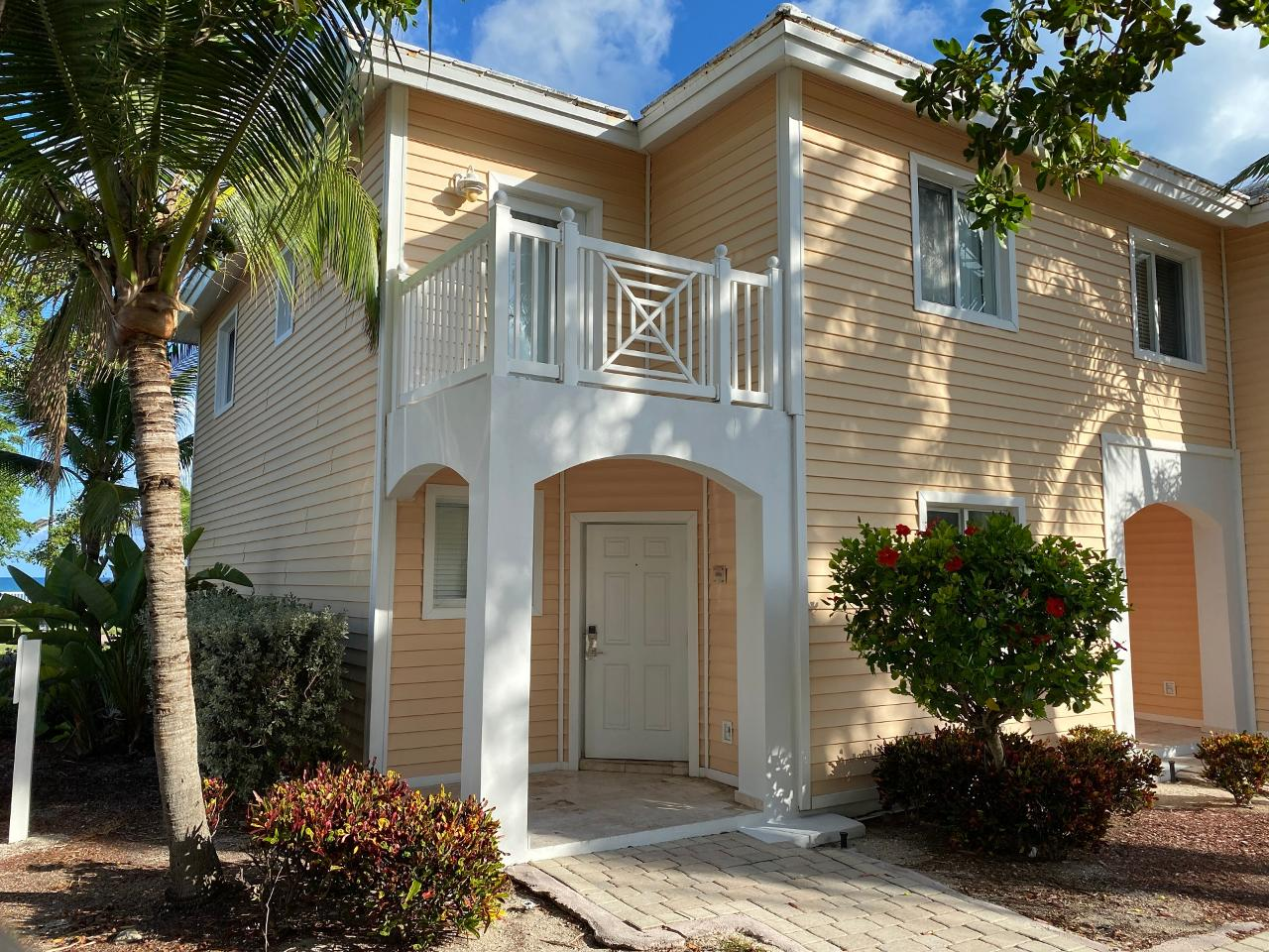 /listing-condo-in-bimini-bay-38397.html from Coldwell Banker Bahamas Real Estate
