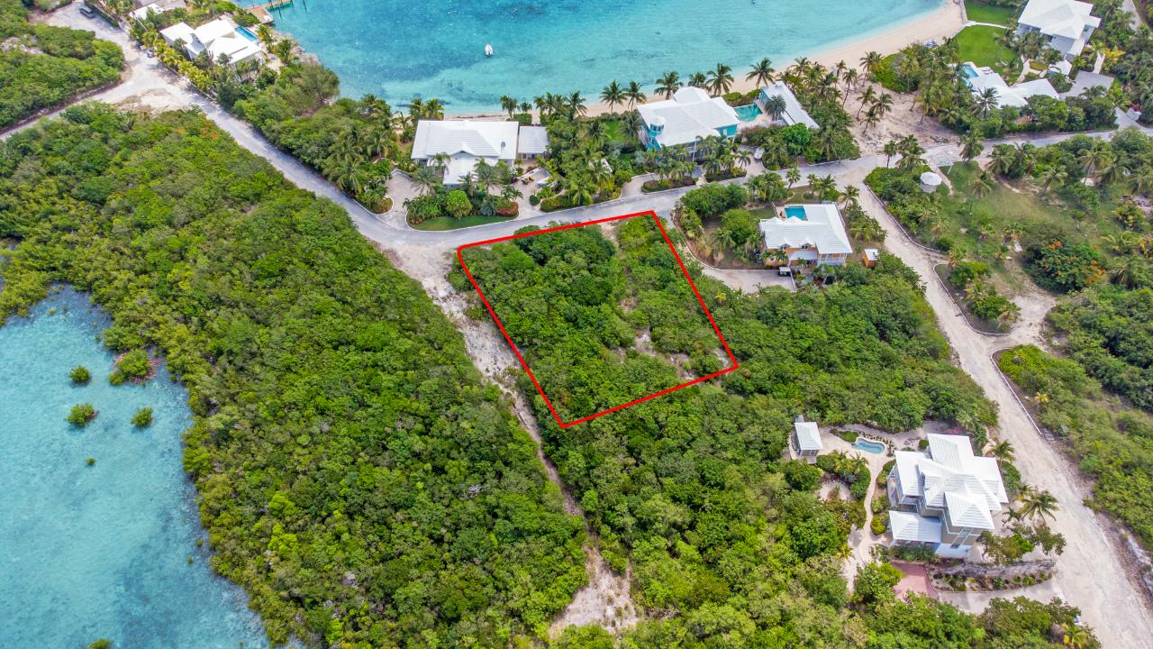 /listing-lots-acreage-in-february-point-38543.html from Coldwell Banker Bahamas Real Estate