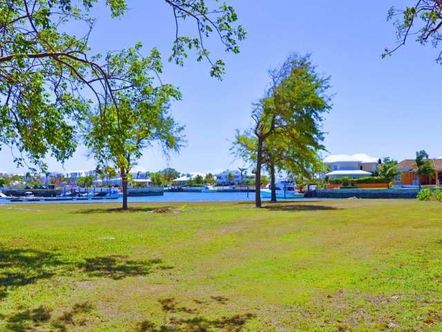 /listing-lots-acreage-in-yamacraw-38826.html from Coldwell Banker Bahamas Real Estate