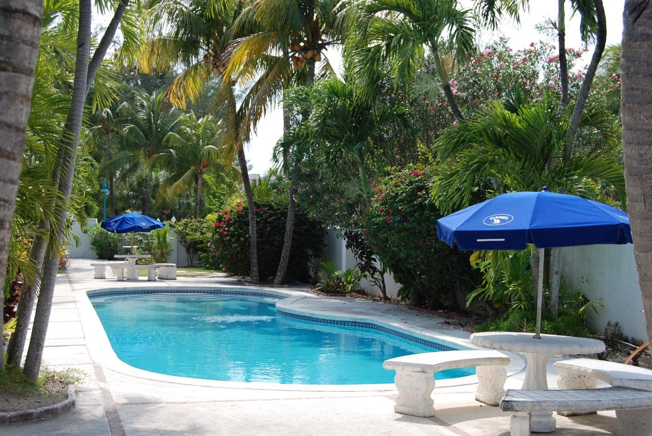 /listing-condo-in-paradise-island-38945.html from Coldwell Banker Bahamas Real Estate