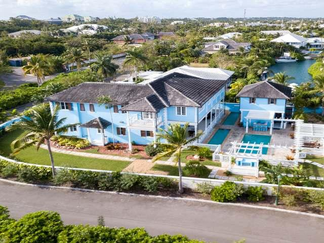/listing-single-family-home-in-old-fort-bay-38983.html from Coldwell Banker Bahamas Real Estate