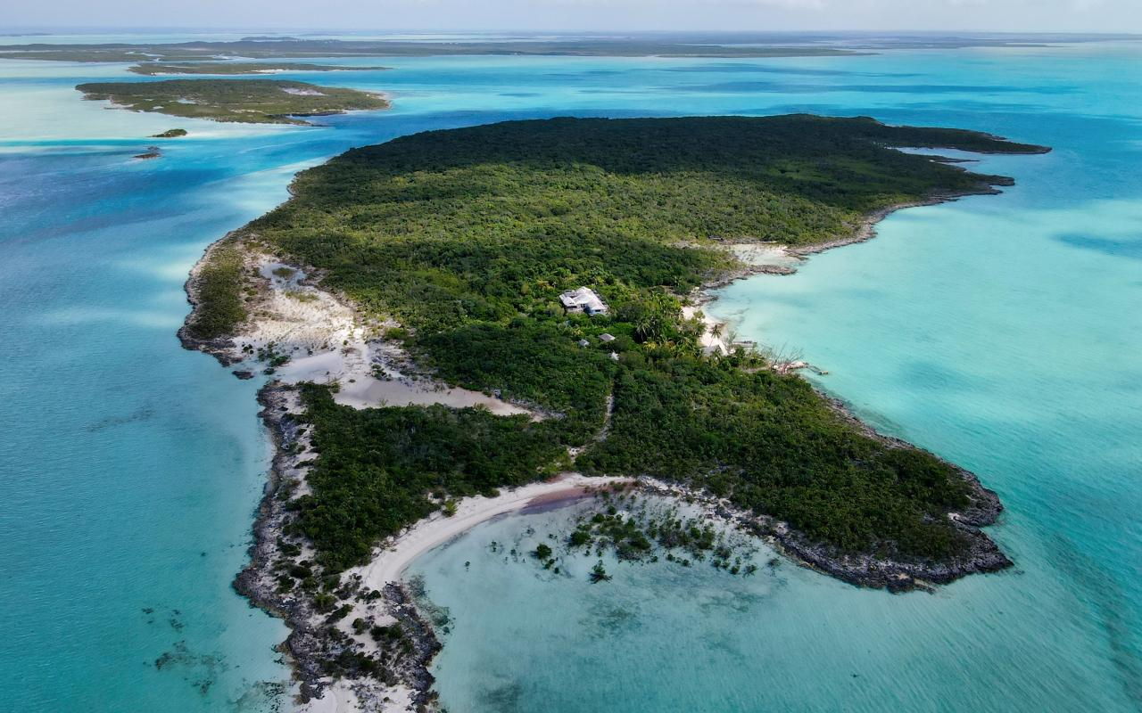 /listing-private-island-in-exuma-cays-39337.html from Coldwell Banker Bahamas Real Estate