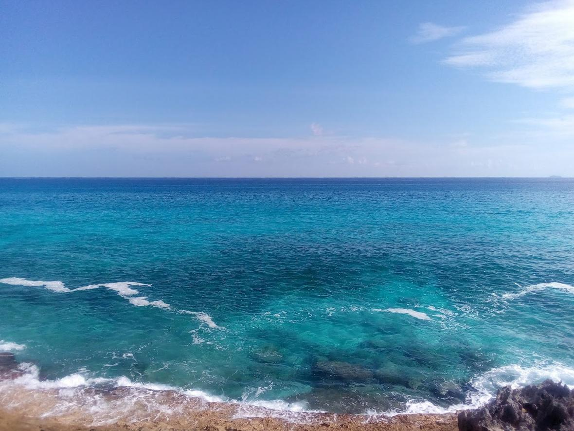 /listing-lots-acreage-in-rainbow-bay-39370.html from Coldwell Banker Bahamas Real Estate