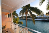 waterfront townhome in nassau for rent
